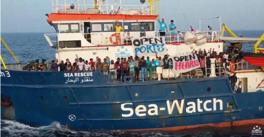 Sea-watch 3 dissequestrata torna in mare per missioni di salvataggio migranti