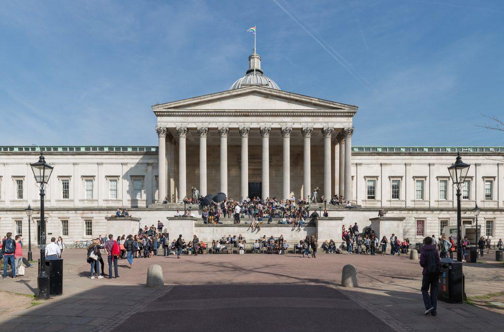 University College di Londra vieta relazioni sentimentali tra studenti e insegnati