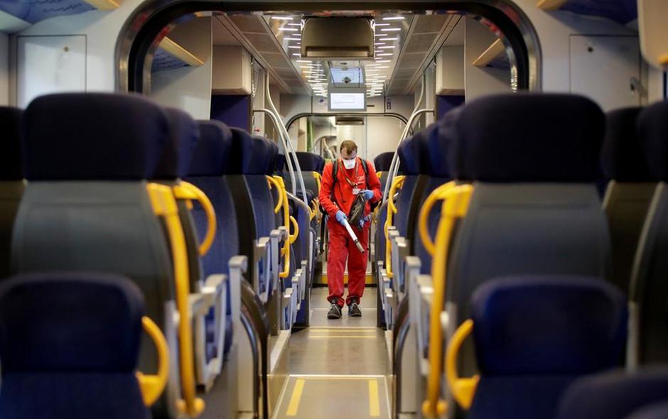 Coronavirus Italia Disinfezione treni